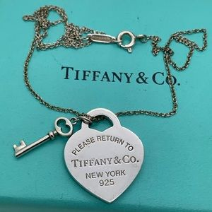 "Tiffany & Co.925 Return Key Pendants On 16"" Chain"